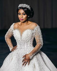 Get inspired by these beautiful wedding looks. Created any voluminous hairstyles with the help of Virgin Hair Extensions like this one from Indique Hair. Ballroom Wedding Dresses, Plus Wedding Dresses, Long Bridesmaid Dresses, Bridal Dresses, Wedding Gowns, Wedding Hair Inspiration, Wedding Ideas, Wedding Decor, The Help