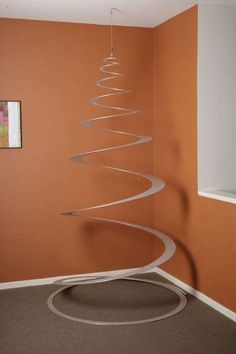 For the minimalist create a spiral Christmas tree without decorations!