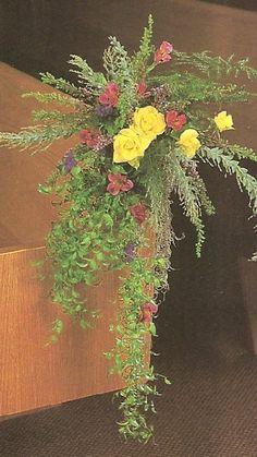 Aisle Candleabras with Church Wedding Candelabra Flowers - Church ...