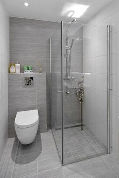33 Ideas For Small Bathroom - kleines badezimmer Bathroom Layout, Modern Bathroom Design, Bathroom Interior Design, Bathroom Wall Tiles, Small Bathroom Designs, Toilet Tiles, Bathroom Colours, Bathroom Canvas, Wall Hung Toilet