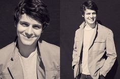 Jonathan Groff. why are all the beautiful men gay?