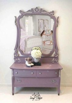 Beautiful vanity dresser updated with Chalk Paint® by Annie Sloan in a custom mix of Emile and Paloma. The piece was then finished and protected with Clear Chalk Paint® Wax. Stunning Project by Second Chances by Misty