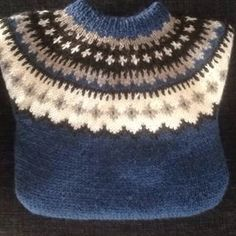 islandsgenser - Google-søk Warm And Cozy, Ravelry, Knitwear, Knit Crochet, Diy And Crafts, Bee, Knitting, Hats, How To Make