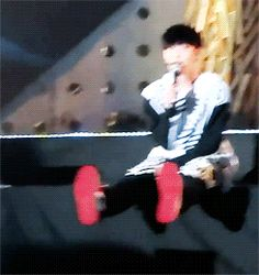 Yixing is really just 5 years old xD <3 *i wish i can watch them LIVE. or else where can i find the DVD for their concert? anybody knows???*