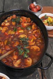 Apetyczna babeczka-Anielska Kuchnia: Cygański garnek Us Foods, Wok, Family Meals, Thai Red Curry, Stew, Grilling, Food And Drink, Tasty, Dinner