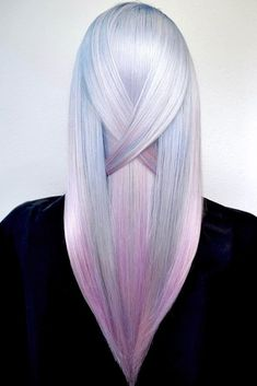 Crystal pink ❤ if you are about to go trendy, holographic hair is a must! besides a useful tutorial and a bunch of basic care Metallic Hair Color, Hair Color Purple, Cool Hair Color, Pink Hair, Purple Ombre, Hair Colors, Cabello Opal, Hair Color 2017, Beautiful Hair Color