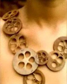 Colar da coleção Babaçú | Laboratório Piracema de Design | Heloísa Crocco