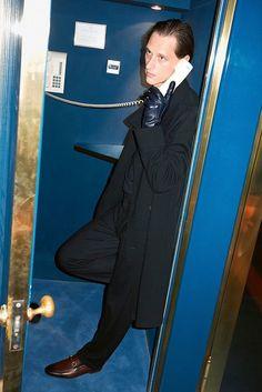 Giorgio Armani coat, jumper and pants, Gucci loafers and gloves Valentino Sneakers, Gucci Loafers, Fashion Editor, Editorial Fashion, Celine, Balenciaga, Fendi, Saint Laurent, Duffle Coat