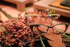 Shades of green Lafont, Color Stories, Shades Of Green, Round Glass, Eyewear, Blog, Creative, Collection, Design