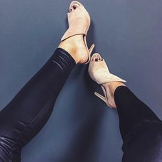 When @emily_nicolee showcases our killer mule heels.