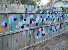8 Desirable Tips AND Tricks: Green Fence Diy pallet fence front yard.Fence Gate With Window bamboo fence wall.Pallet Fence No Dig. Garden Fence Art, Garden Mural, Diy Fence, Backyard Fences, Fence Ideas, Garden Gates And Fencing, Fun Backyard, Pallet Fence, Pool Fence