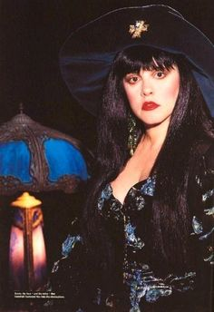 1991  Plus Sized Stevie Nicks. Rotten how the press crucified her in that period.