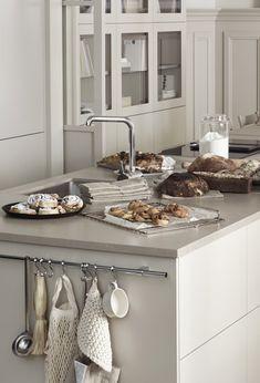 Beige kitchen by Marbodal - COCO LAPINE DESIGNCOCO LAPINE DESIGN