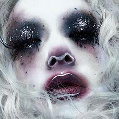 Minsooky - My list of the most creative makeup secrets Makeup Fx, Edgy Makeup, Drag Makeup, Clown Makeup, Costume Makeup, Makeup Inspo, Halloween Makeup, Makeup Inspiration, Makeup Style