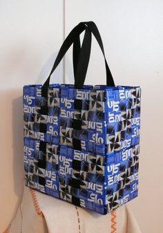 Ennin kahvikassit - Kirsi pistoksissa - Vuodatus.net Coffee Bags, Diy Projects To Try, Tote Bag, Jeans, Coffee Sacks, Carry Bag, Tote Bags, Green Jeans, Denim Pants