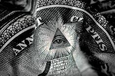Cena ignorancji w sprawie programu NWO jest bardzo kosztowna. Upadek z któregokolwiek stopnia piramidy złudzenia może skończyć się tragicznie – możesz zostać bez grosza przy duszy, możesz str…
