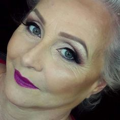 Love the eyes. Love the lips. Her contour is a bit too much for her mature skin, but gorgeous look overall.