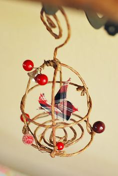 Pretty Ditty: Bird and birdcage ornament tutorial   http://pretty-ditty.blogspot.com/2010/12/bird-and-bird-cage-ornament-tutorial.html
