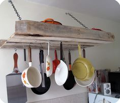 pallet-pot-rack - click the image for 15 other ideas for how to use old pallets