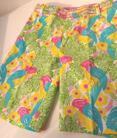 Fabulous Lilly Pulitzer 'Main Line Fit' Shorts  Size 4. Excellent Condition