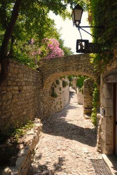 Séguret, Vaison-la-Romaine, Carpentras, Vaucluse, Provence-Alpes-Côte d'Azur, France