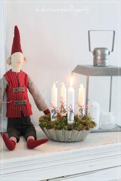 adventtikynttilät, vanha kakkuvuoka, joulu, sisustus, maalaisromanttinen koti, maileg nisse
