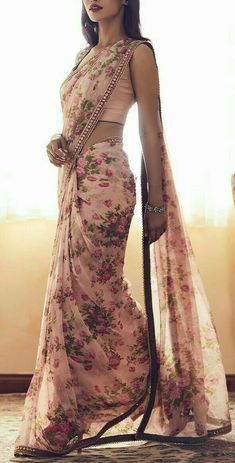Searching for the best quality Modern Indian Saree and products like Elegant Designer Saree also Latest Elegant Designer Sari Blouse then you'll like this Press Visit link above for more options Trendy Sarees, Stylish Sarees, Fancy Sarees, Simple Sarees, Floral Print Sarees, Saree Floral, Floral Prints, Indian Designer Outfits, Latest Designer Sarees