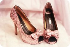 sparkly pink bow pumps