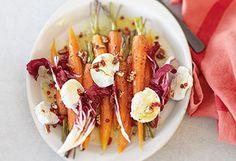 Salat aus gebackenen Karotten mit Radicchio und Ziegenkäse