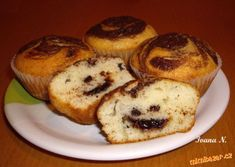 Muffiny se zakysanou smetanou a čokofloky