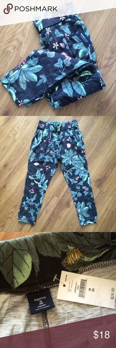 Gapkids Skimmers Adorable Gapkids slub knit cotton pants! Leaf and floral print.  Substantial elastic waistband and pleating at top banded bottom.  Perhaps a take on a harem pant.  Super cute easy to wear! Pair with a tee and jean jacket for comfortable yet put together look.  Size M (8) GAP Bottoms