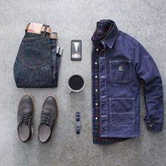 Wednesday Kit ☕️⌚️ Denim: @houseofoneculture Jacket: @lckingmfg Shoes: @redwingheritage Shirt: @jcrewmens