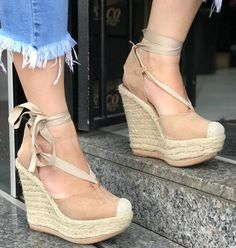 Pretty Shoes, Cute Shoes, Me Too Shoes, Dream Shoes, Crazy Shoes, Shoes Heels Wedges, Wedge Shoes, Walk In My Shoes, Sock Shoes