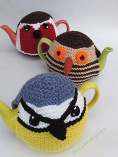 The Three Birds Tea Cosy knitting pattern is a knitting pattern bundle of three bird tea cosies all in one pattern. https://www.craftsuprint.com/knitting/knitting/hand-knitting/three-birds-tea-cosy-knitting-pattern.cfm