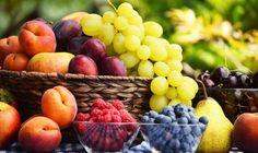 Bei Verdacht auf Fructoseintoleranz hilft nur eine 1- bis 4-wöchige Karenz von Fruchtzucker (Fructose). Lassen damit die Beschwerden wie Blähungen, Durchfall, Bauchschmerzen, Reizdarm, Übelkeit oder auch Fettstühle deutlich nach, beginnt die schrittweise Umstellung auf normale Kost.