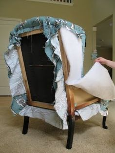 fantastic tutorial on how to reupholster a chair... Definitely keeping for later!