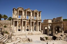 4-Day Small-Group Turkey Tour from Kusadasi: Pamukkale, Ephesus and Hierapolis Dig deep into Turkey's natural and classical treasures on this 4-day tour from Kusadasi. Enjoy three nights at a 4-star Kusadasi hotel and two full-day excursions: one to Ephesus, and another to Pamukkale. Wonder at Greco-Roman Ephesus, and see the Temple of Artemis and House of the Virgin Mary. Then, witness the white terraces of Pamukkale and ancient Hierapolis, with time to enjoy its therma...