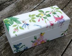 Decoupage Decoupage Box, Girl Room, Toy Chest, Decorative Boxes, Storage, Crafts, Painting, Home Decor, Decorated Boxes