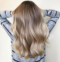 "780 Likes, 16 Comments - Mane Interest (@maneinterest) on Instagram: ""Soft champagne Blonde Color by @astaciachristenson_hair #hair #hairenvy #hairstyles #haircolor…"""