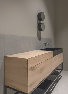 modern bathroom pictures to hang Bathroom Designs Images, Contemporary Bathroom Designs, Bathroom Design Luxury, Luxury Bathtub, Luxury Bathrooms, Bath Design, Contemporary Living Room Furniture, Rustic Furniture, Antique Furniture