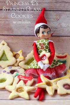 Pint Sized Baker: Princess E's Stain Glass Cookies. ☀CQ #christmas #sweets #treats