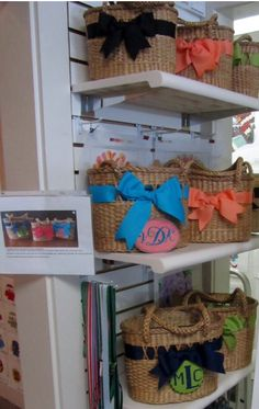 Needlepoint monograms to embellish straw handbags
