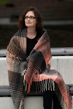 "Wool throw ""Legends of fall"" - Terra Mama Hand Weaving, Legends, Textiles, Plaid, Wool, Shopping, Fashion, Gingham, Moda"