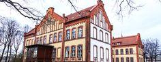 Pärnu is the most famous resort in Estonia with magical golden Pärnu beaches and SPA centers. #Travel #Estonia #Parnu