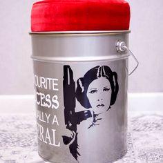 Princess Leia Metal Pouf - Star Wars gifts for her Star Wars Mugs, Leia Star Wars, Star Wars Gifts, Birthday Gifts For Boyfriend Diy, Boyfriend Gifts, Yogurt, Star Wars Kitchen, Gift Coupons, Birthday Diy