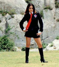 Roberta,a melhor de Rebelde! Calf Boots, Knee High Boots, Steampunk Makeup, Parda, Latina Girls, Brunette Beauty, Nct Dream, Boss Lady, Seas