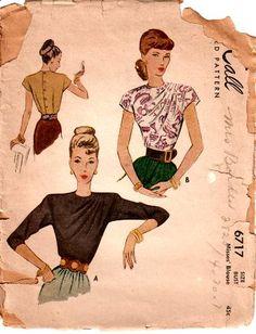 sleeveless blouse, gap shirts, zara shirts, McCall 6717 Misses Draped Shoulder Blouse Pattern - Fashion Gallery of OASAP. Vintage Dress Patterns, Blouse Patterns, Blouse Vintage, Vintage Dresses, Vintage Outfits, Vintage Clothing, 1940s Fashion, Vintage Fashion, Pattern Draping