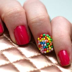 caviar nails with sprinkles Pretty Nail Colors, Pretty Nails, Sprinkle Nails, Sprinkle Party, La Nails, Red Manicure, Caviar Nails, Nail Envy, Accent Nails