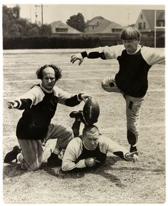 The Three Stooges. I don't much care for them but my husband luvs them and I luv seeing and hearing my husband laugh, so I guess in part I do luv the Stooges. The Stooges, The Three Stooges, Nfl Memes, Football Memes, Football Team, Rugby Memes, Cowboys Memes, Buckeyes Football, Football Season