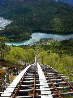Скала Троллтунга в Норвегии - Путешествуем вместе